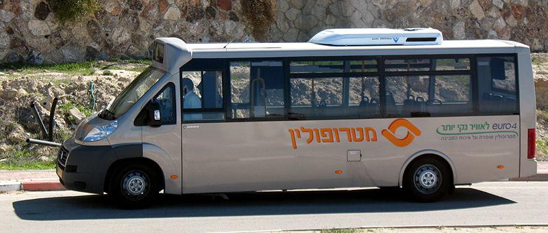 800px-Metropoline_minibus.jpg