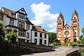Mettlach An der Lutwinuskirche.JPG