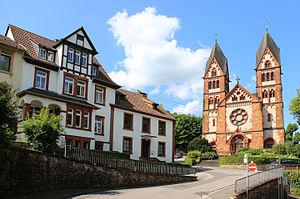 An der Lutwinuskirche, Mettlach, Saarland