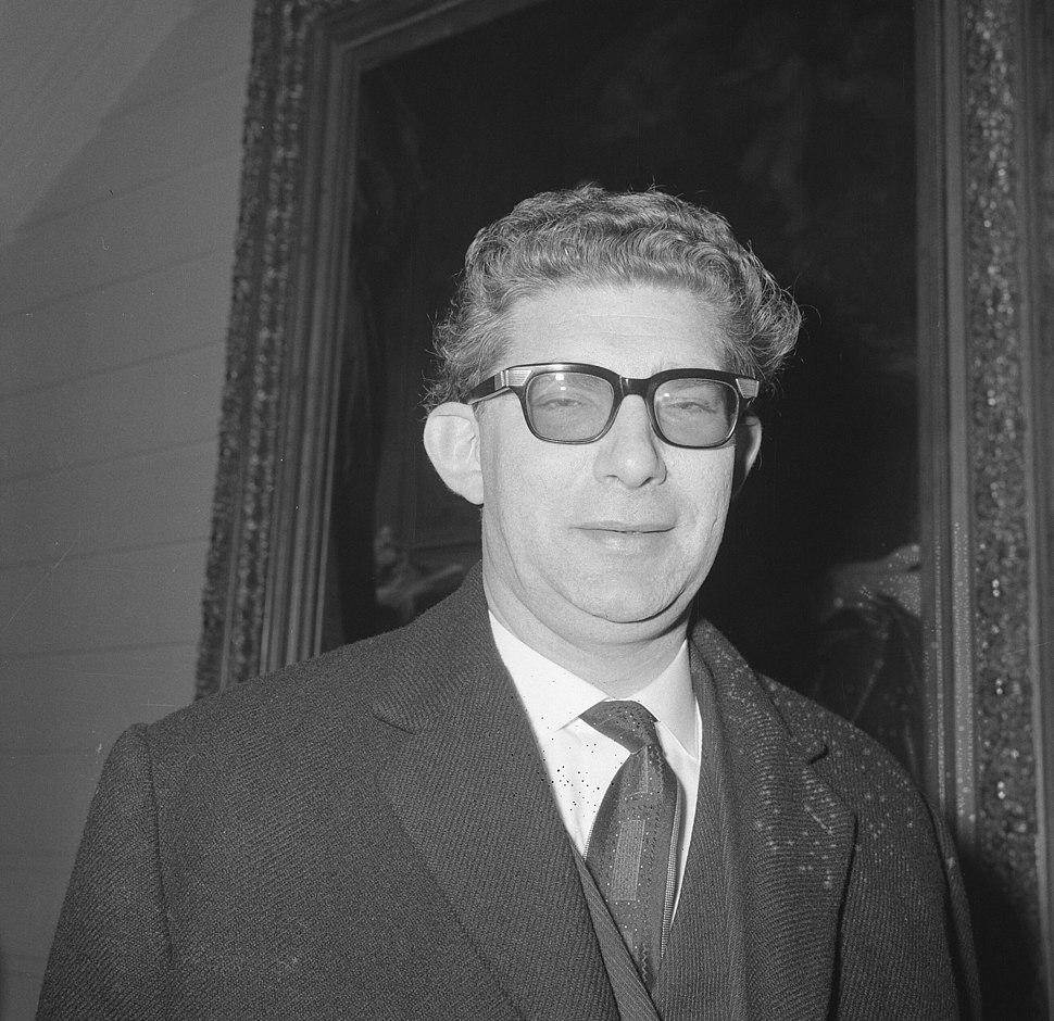 Ministers Belgische Kabinet. Vice Eerste Minister W. de Clerq (PVV), Bestanddeelnr 918-9461