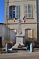 Monument aux morts de Vaux-en-Beaujolais.jpg