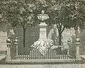 Monumento al generale Ettore Perrone.jpg