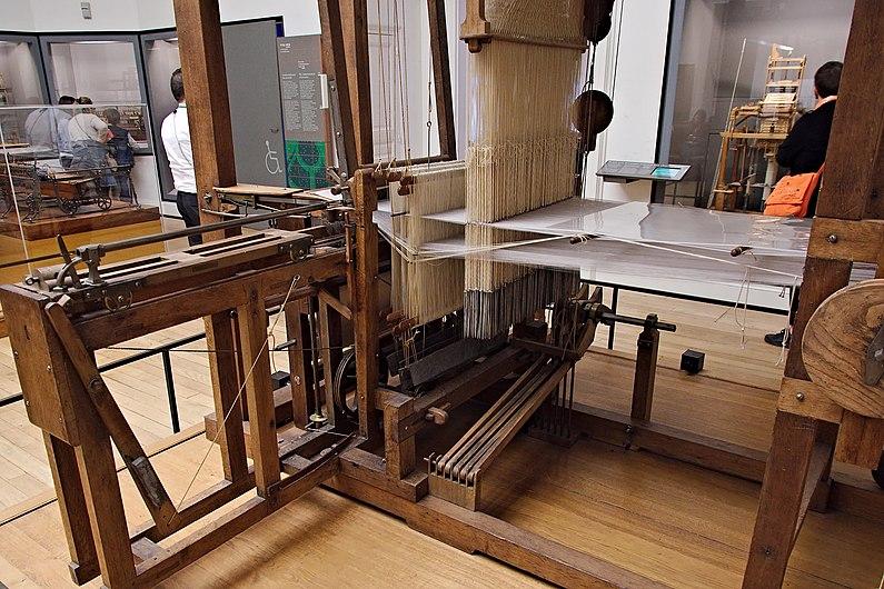 Musée des Arts et Métiers - Métier à tisser les façonnés de Vaucanson (36865778384).jpg