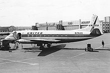 N7429 Vickers 745D Viscount United Airlines (10995863693).jpg