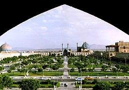 Piazza Naqsh-e jahàn, intitolata all'Imam Khomeyni