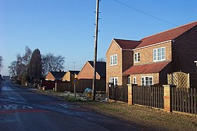 New houses in Murrow - geograph.org.uk - 296987.jpg