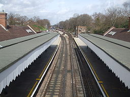 Newbury Park station high northbound