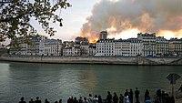 Notre-Dame de Paris, Incendie 15 avril 2019 19h58.26.jpg
