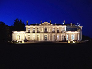Oldway Mansion - The southern elevation of Oldway Mansion at dusk
