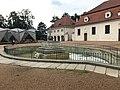 Overview of Fountain at top courtyard of Litomyšl Castle in Litomyšl, Svitavy District.jpg