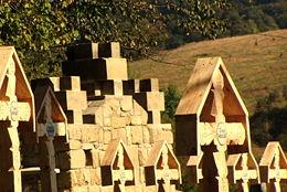 Cmentarz wojenny nr 3 w Ożennej odnowiony dzięki wysiłkom miejscowych społeczników oraz pomocy Austriackiego Czarnego Krzyża