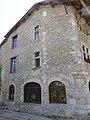 Pérouges - maison (cadastre 1440) - place des Tilleuls - rue de la Halle-au-For (1-2014) 2014-06-25 13.59 (1).jpg