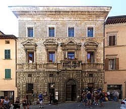 Palazzo Cocconi (Montepulciano).jpg
