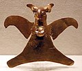 Panama, veraguas, pendente a forma di uccello, oro, 800-1500 ca.jpg