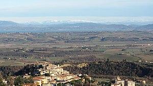 Chianciano Terme - Image: Panorama Chianciano 800x 600