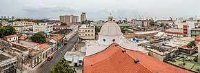 Panoramic view of Maracaibo center and cathedral dome.jpg