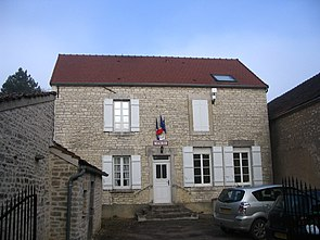Pasilly - Town Hall.jpg