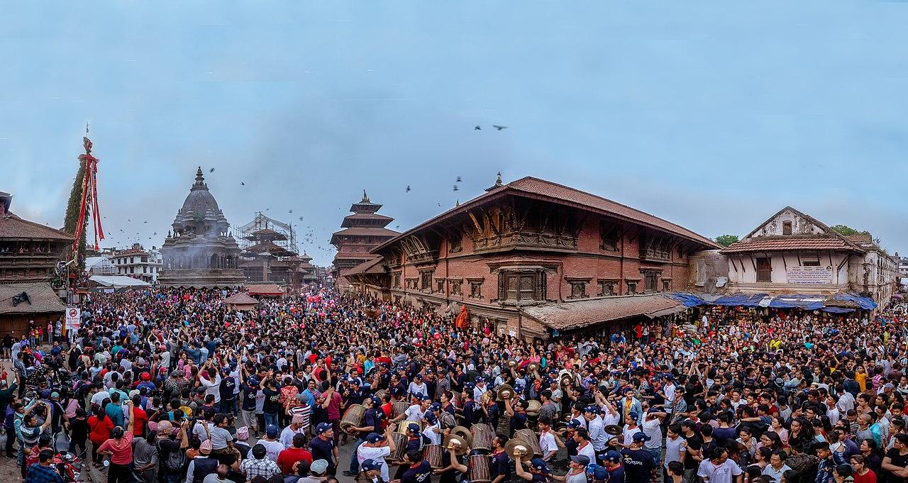 Patan Durbar Suqare Scene.jpg