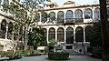 Patio de la Facultad de Traducción e Interpretación de Granada.jpg