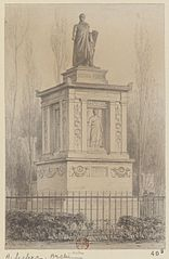 Monument de Casimir Périer. A. Leclerc architecte. Cimetière du Père-Lachaise
