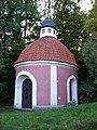 Petřín, kaple v Seminářské zahradě.jpg