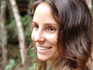 Petra Costa actress