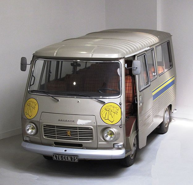 File:Peugeot J7 at the Peugeot museum in Sochaux.JPG