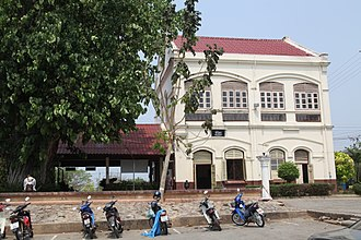 Phichit railway station - Neo-classical station from King Chulalongkorn (Rama V)'s reign