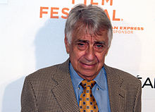 Description de l'image Philip Baker Hall 2009 portrait Tribeca.jpg.