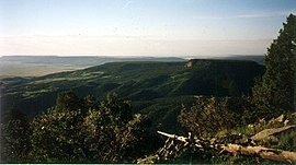 Philmont Scout Ranch Urraca Mesa from Tooth of Time.jpg