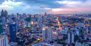 Phnom Penh Evening Aerial View.png