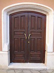 Photography by David Adam Kess, España, Aranda de Duero, Hand Carved Wooden Door, pic bbb1b.jpg