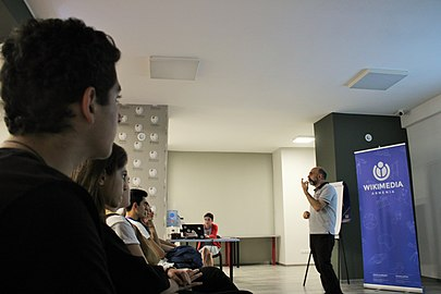 Photography talks at Wikimedia Armenia office 05.10.2018 (9).jpg