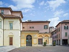 Piazza Bruno Boni lato Nord Brescia.jpg