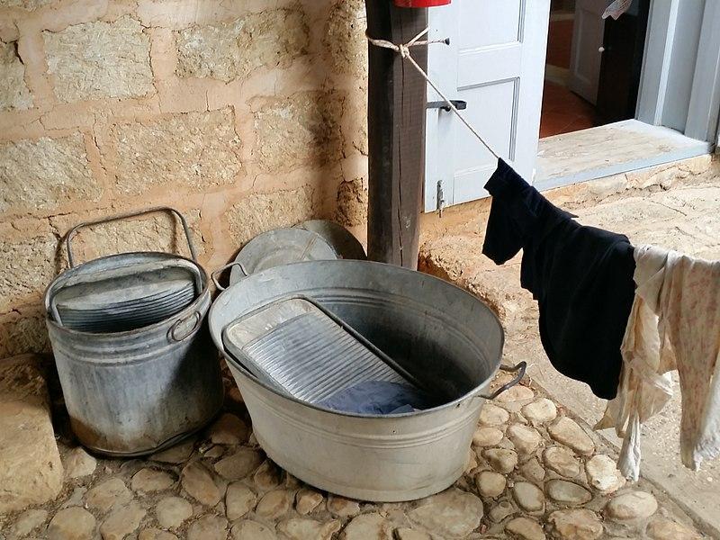 כלים לכביסה ביד