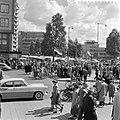 Pinksterdriemarkt in Rotterdam. Coolsingel, Bestanddeelnr 908-6759.jpg