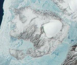 Pioneer Island (Russia) - Image: Pioneer Island Terra MODIS