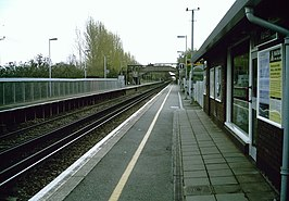 Platforms of Marden Railway Station - geograph.org.uk - 1238050.jpg
