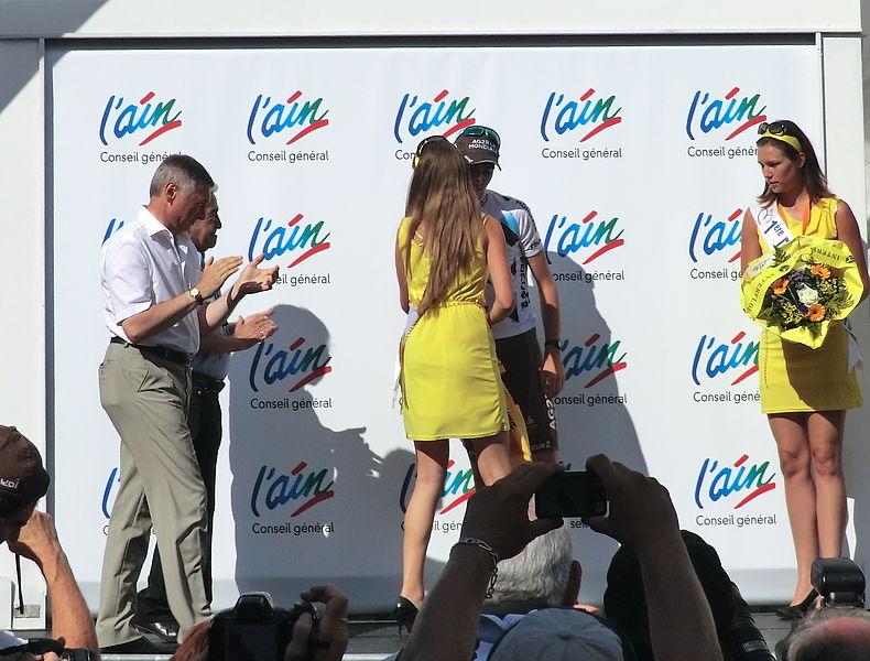 Romain Bardet, maillot jaune, vainqueur final du Tour de l'Ain 2013.