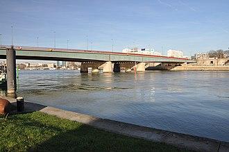 Pont de Sèvres - view of the pont de Sèvres in January 2012