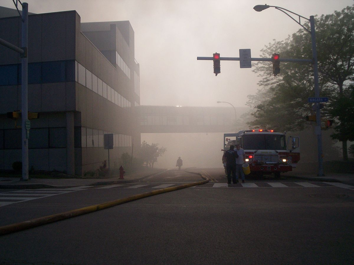 Buffalo, New York Warehouse Fire Injures 12 Firefighters  Wikinews, The  Free News Source