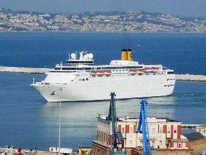 Costa neoRomantica - Image: Porto Ancona (218)