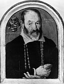Portrait of a Man of the Moncheaux Family MET ep32.100.130.bw.R.jpg