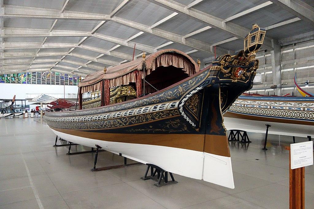 Bateau du Musée maritime de Belem à Lisbonne - Photo de Mike Steele
