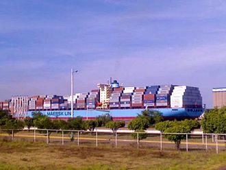 Michoacán - Cargo ship at the Lázaro Cárdenas port