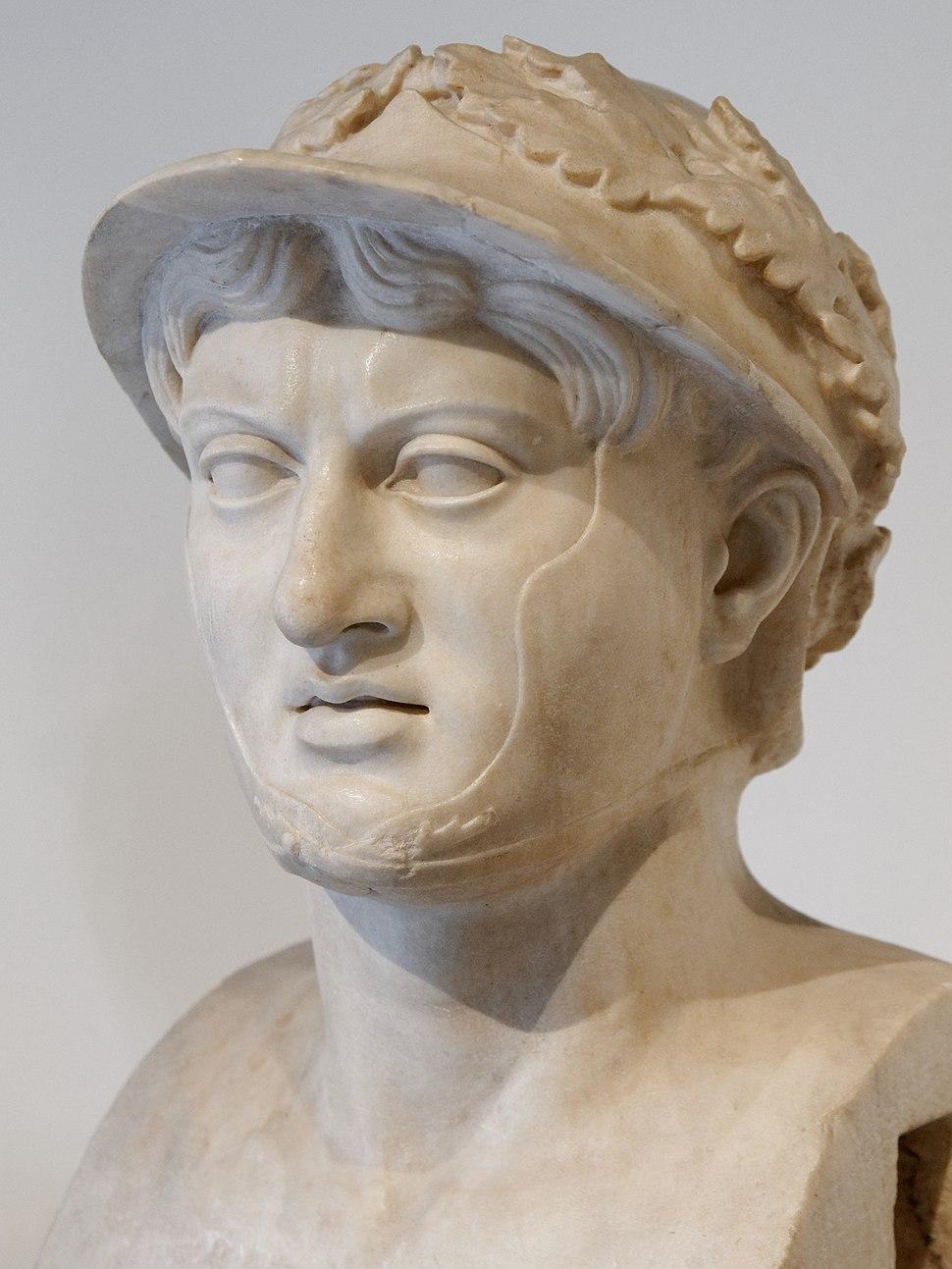 Pyrrhus MAN Napoli Inv6150 n03