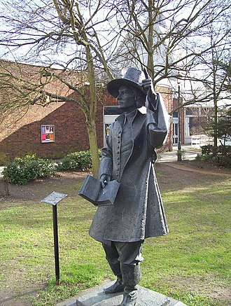 Hertford - The statue of Samuel Stone
