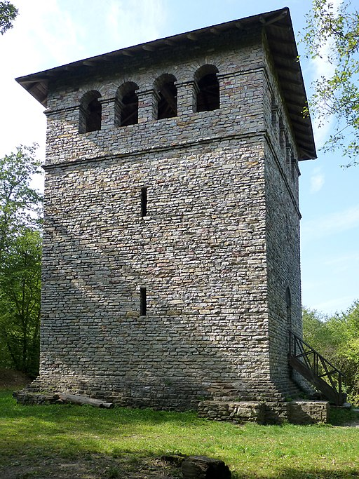 Römerturm (Gaulskopf)-01