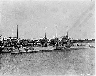United States R-class submarine - R-class submarines
