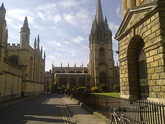 Radcliffe Square - The south east corner of Radcliffe Square, looking along Catte Street towards St Mary's.